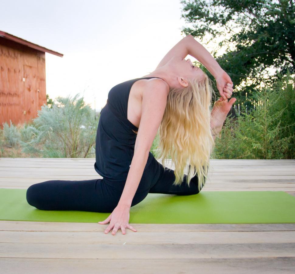 online yoga trainer in chennai