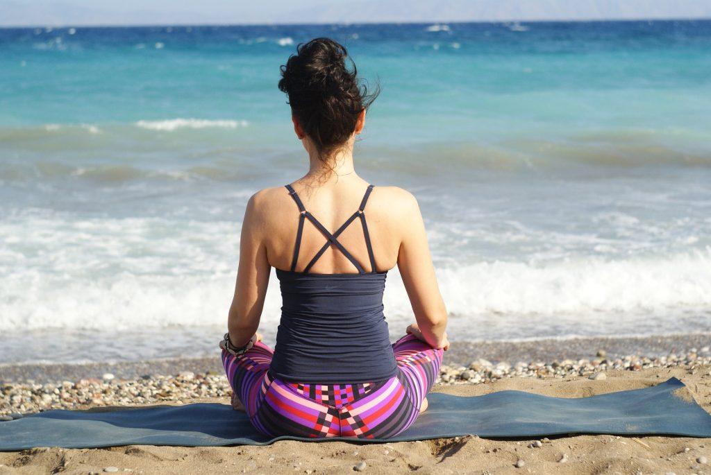 online yoga trainer in abu dbahi