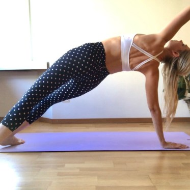 online yoga class in switzerland